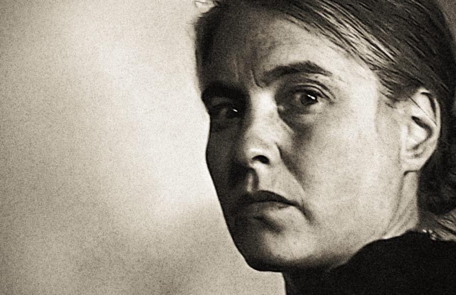 Die Schriftstellerin <b>Anna Seghers</b>, um 1948. Foto: Archiv Ruth Radvanyi - anna-seghers